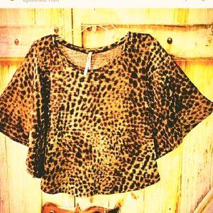 LEOPARD PRINT MEDIUM scoop neck knit top/sweeter